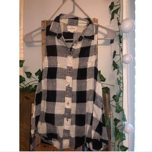 Button-up Collared Flowy Tank
